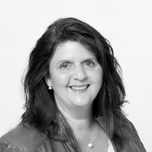 Elvira Bastian